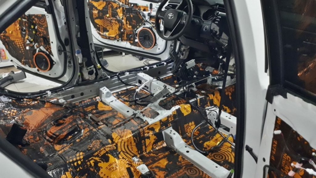 Automobilio garso izoliacija